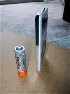 単三乾電池と比較